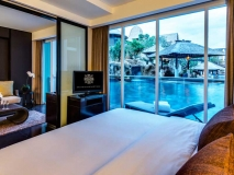 Bedroom |  Deluxe Pool Access Suite