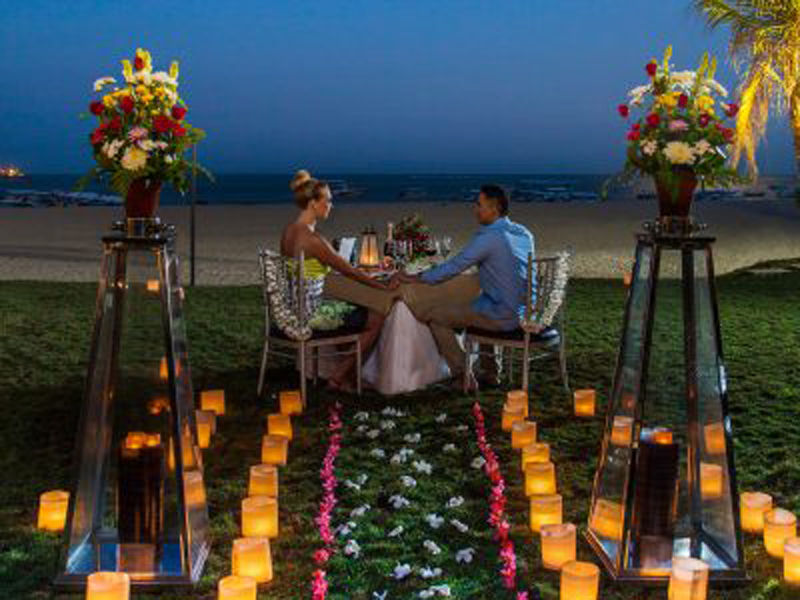 Romantic Dinner | The Sakala Resort Bali